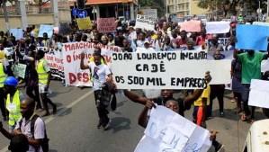 Manifestação desemprego partidos