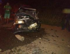 Veículos colidem frontalmente na RN-160 em Macaíba nesta terça; uma vítima fatal e vários feridos