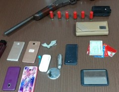 Polícia Civil prende dupla com arma e veículo roubado em Macaíba