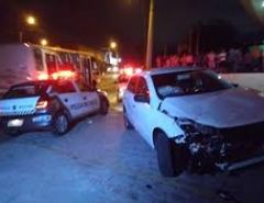 Suspeito de roubar carro é baleado em perseguição policial na Zona Oeste de Natal