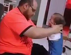 Vídeo de pai agredindo bebê viraliza nas redes sociais, mas é antigo; Agressor já foi preso