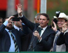 Bolsonaro diz que enviará outros três projetos sobre segurança pública