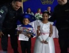 Policiais militares realizam sonho de natal de criança no Leste potiguar