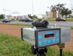 Após determinação de Bolsonaro, AGU vai recorrer da decisão que autoriza uso de radar em rodovias