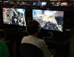 Uso de jogos violentos por crianças desafia pais