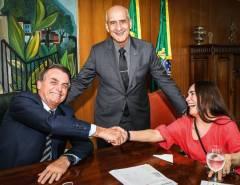 EM DESACORDO COM A NOMEAÇÃO: Planalto anula nomeação feita por Regina Duarte