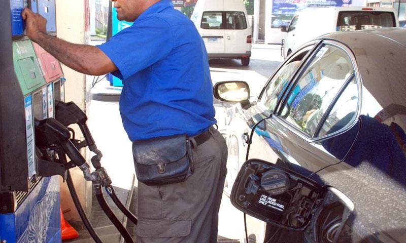 Bajan precios de casi todos los combustibles – .
