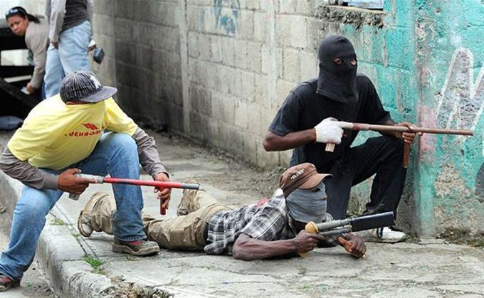 VIDEO: Bandas en villa progreso se enfrentan a tiros – Informe56