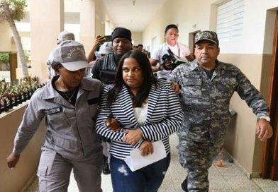 VIDEO: Llueven las denuncias de personas que dicen fueron afectados por exfiscal de Villa Vásquez