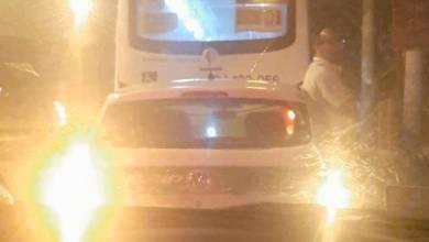 Foto de Passageiro leva tiro na cabeça durante assalto a ônibus na Av. Brasil