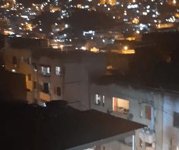 Foto de [VIDEO] Traficantes (CV) atacam UPP Andaraí