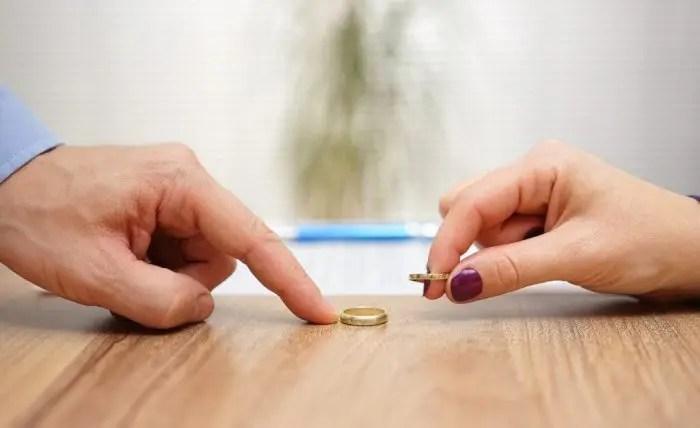 Divorcet në rritje. Shkaku kryesor lojërat e fatit