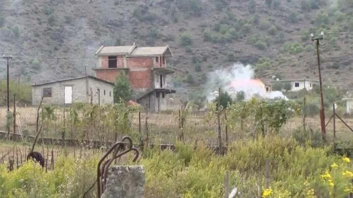Bardhaj fshati që ka mbetur si në mesjetë…