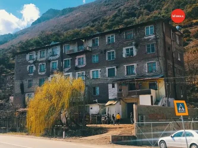 42 familje Pogradecare rrezikojnë të dëbohen nga banesat që disponojnë.