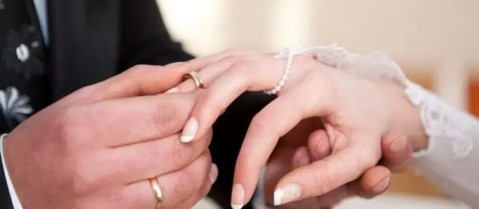 """Divorcet dhe martesat në Tiranë, periferitë """"ruajnë"""" kurorën"""