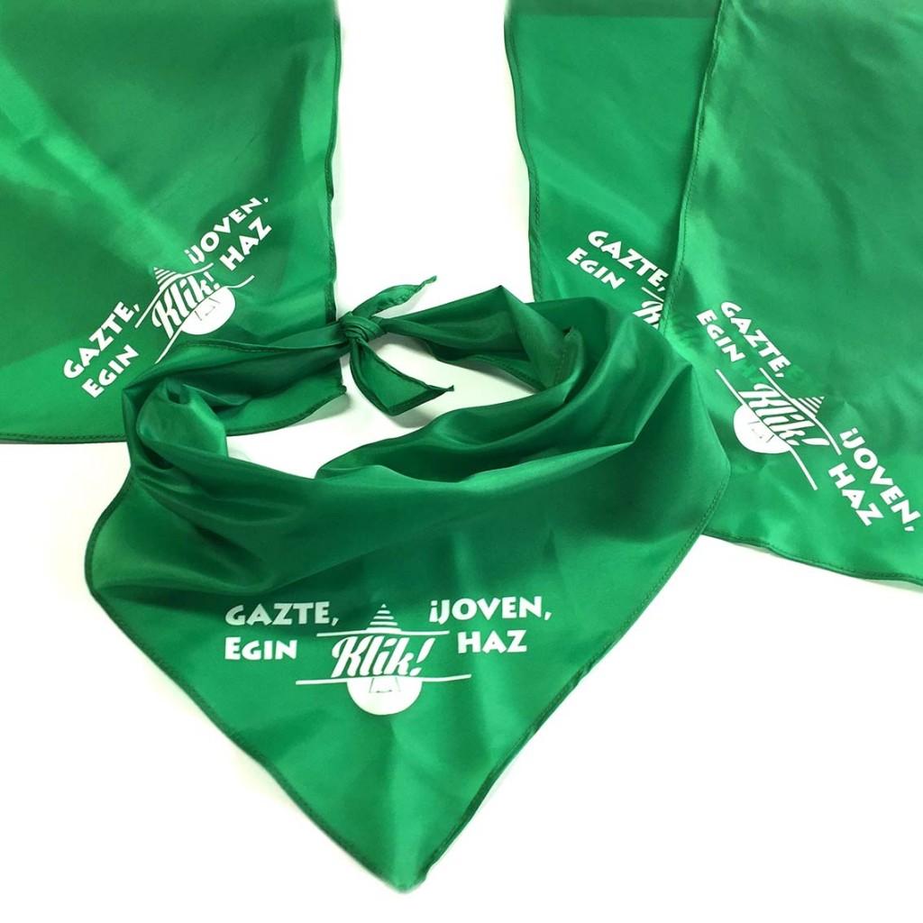 Pañuelos personalizados en cantabria fiesta peñas4
