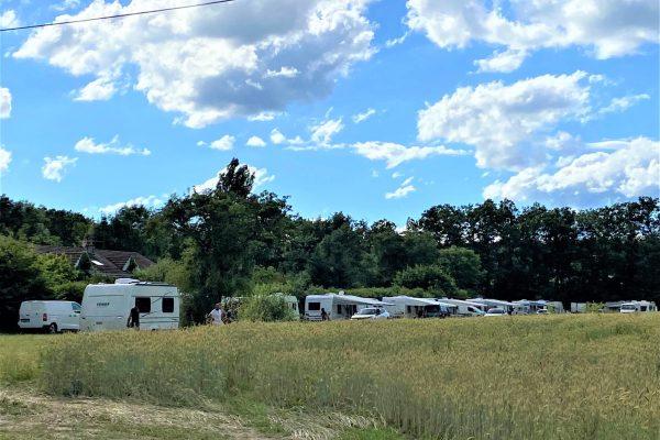 Une quarantaine de caravanes s'installent illégalement