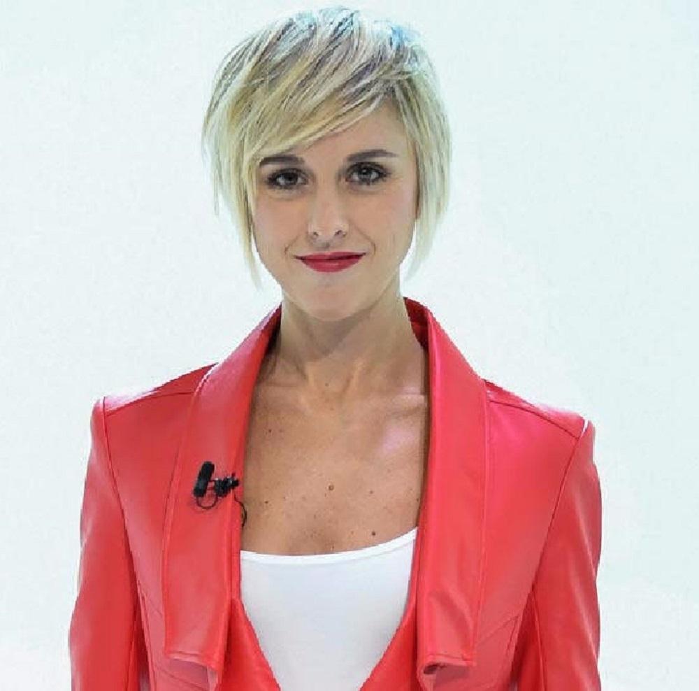 Beauty Grooming Journalist Of The Year: Nadia Toffa - Italian Journalist