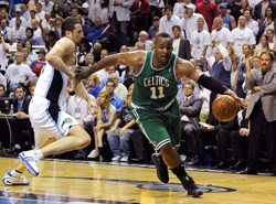Photo of Celtics Glen Davis Concussion