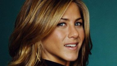 Photo of Jennifer Aniston Pitches Smart Water