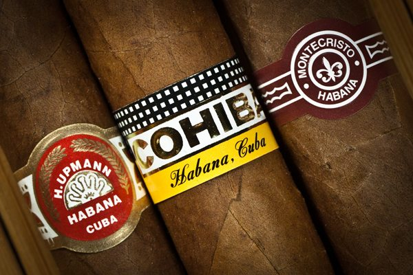 5 Tips To Choose & Smoke A Cigar