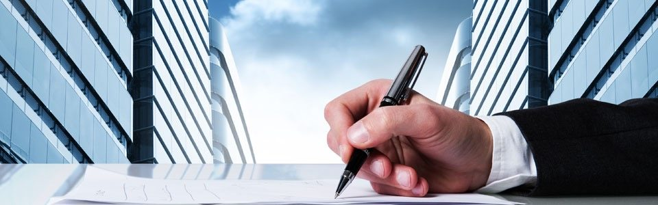 A Business Lawyer Can Help You Manage Your Business 1