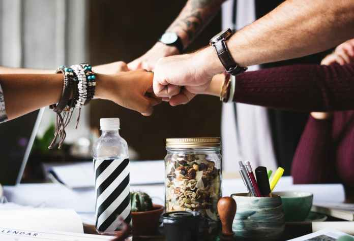 10 Great Ways To Encourage A Collaborative Working Environment 1