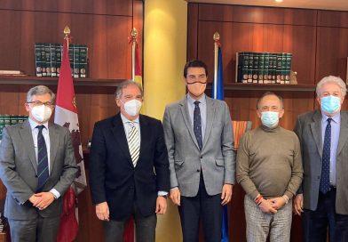 La Unión de Criadores de Toros de Lidia se reúne con el Consejero de la Presidencia de la Junta de Castilla y León
