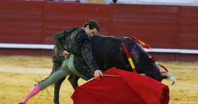 Oreja a la torería de Juan Ortega en Morón de la Frontera