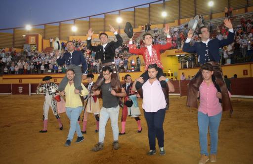 Siete orejas en un gran espectáculo de rejones en Almodóvar del Campo