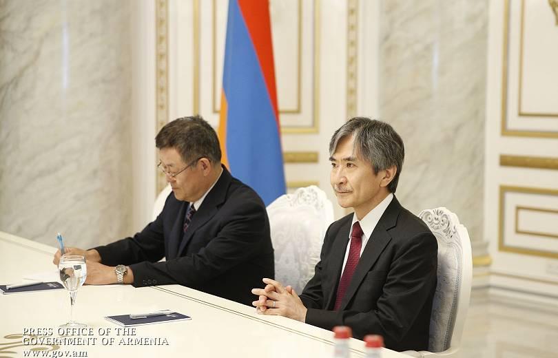 Япония подарила Армении 200 новых автомобилей японского происхождения