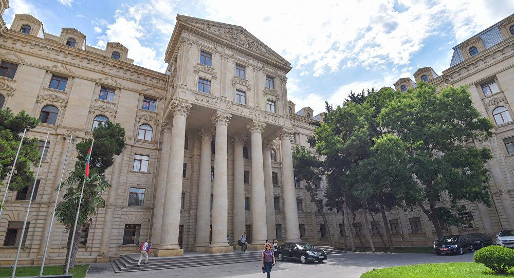 МИД Азербайджана о визите Пашиняна в Арцах: это - призыв к войне