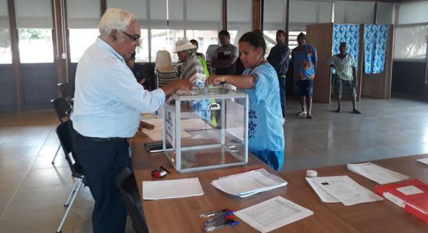 Каледония голосует