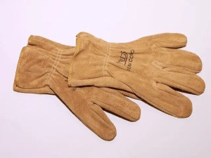 How to Choose The Best Leather Gloves for Mechanical Work