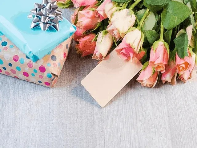 7 BRILLIANT GIFT IDEAS FOR MOTHERS DAY