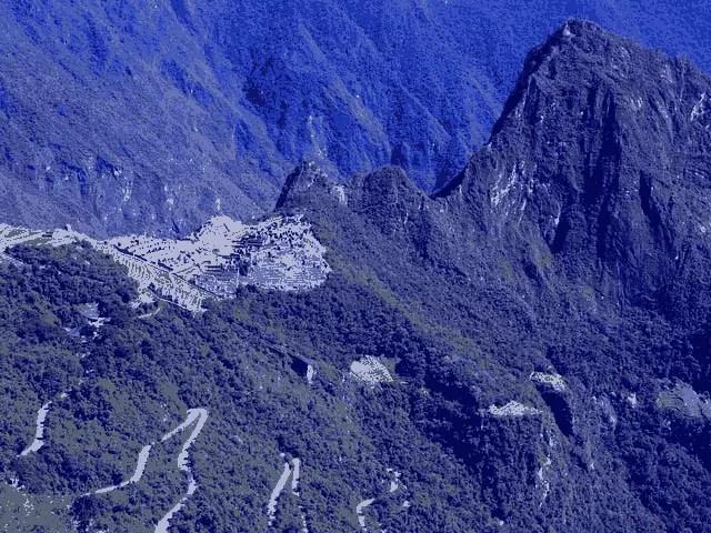 Belmond Hiram Bingham, Cusco-Machu Picchu - A Journey into the Heart of the Inca Empire 2