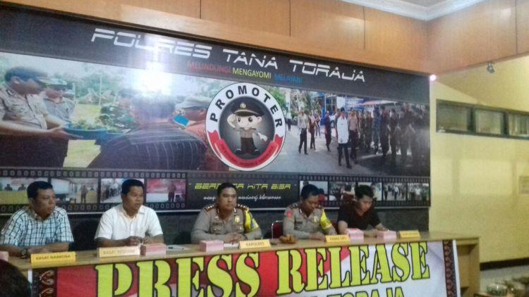 Jumpa pers Polres Tana Toraja