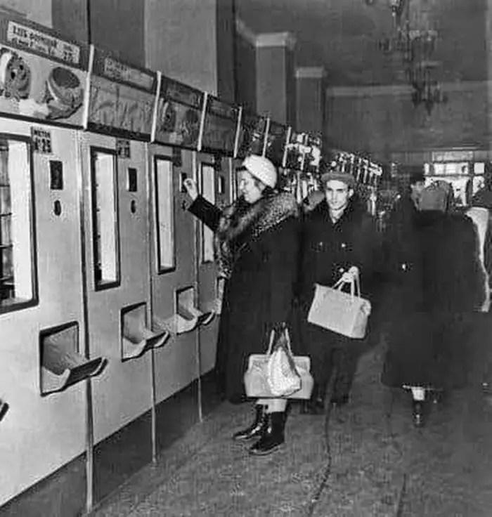 Вендинг в СССР Одесские хлебные автоматы