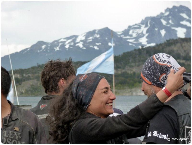Ushuaia_Parque_Nacional_Tierra_del_Fuego_Isla_Redonda_Motoqueros