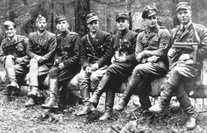 Хрущев освободил из тюрьмы бандеровцев