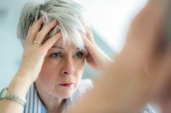 Почему седеют волосы? Стресс - не главная причина!