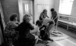 Женская тюрьма в России. Кому на зоне хуже всего живется