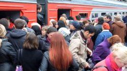 Зачем люди едут в Москву, да и стоит ли ехать в Москву за работой?