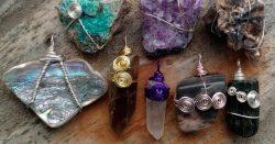 Камень-талисман по дате рождения и знаку зодиака: как выбрать?