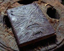 Некрономикон — Книга мертвых. Происхождение