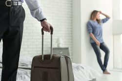От каких жен уходят мужья? Почему так происходит