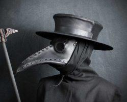 Чумные доктора: Зачем они носили маски в виде клюва