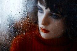 Женское одиночество: к чему оно приводит? Пустая квартира, коты и холодная постель