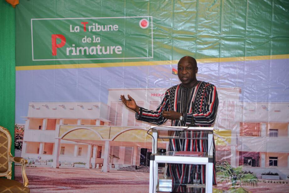 Situation nationale : Paul Kaba Thiéba défend son PNDES devant les journalistes