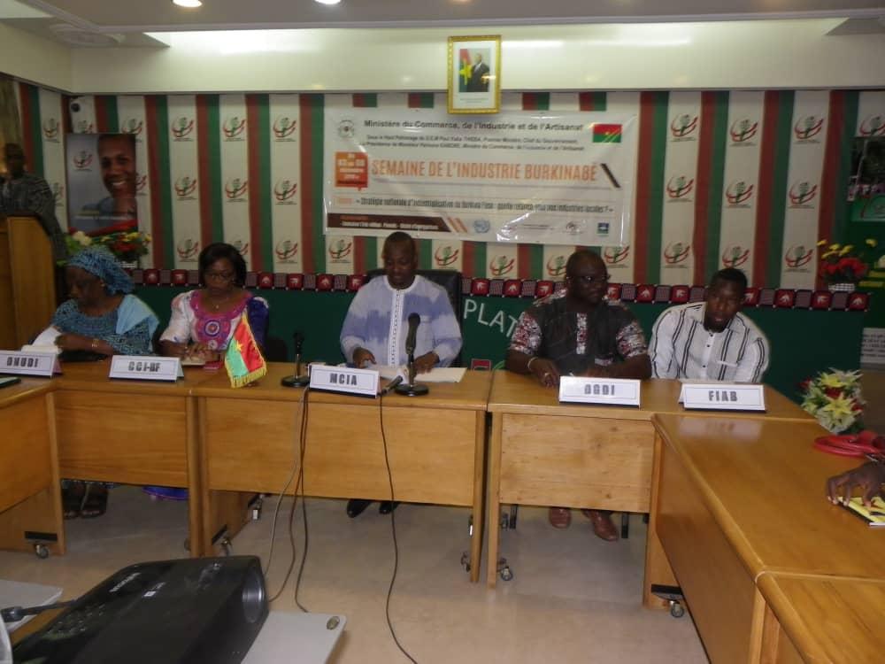 Ministère du commerce: une semaine pour promouvoir l'industrie burkinabè